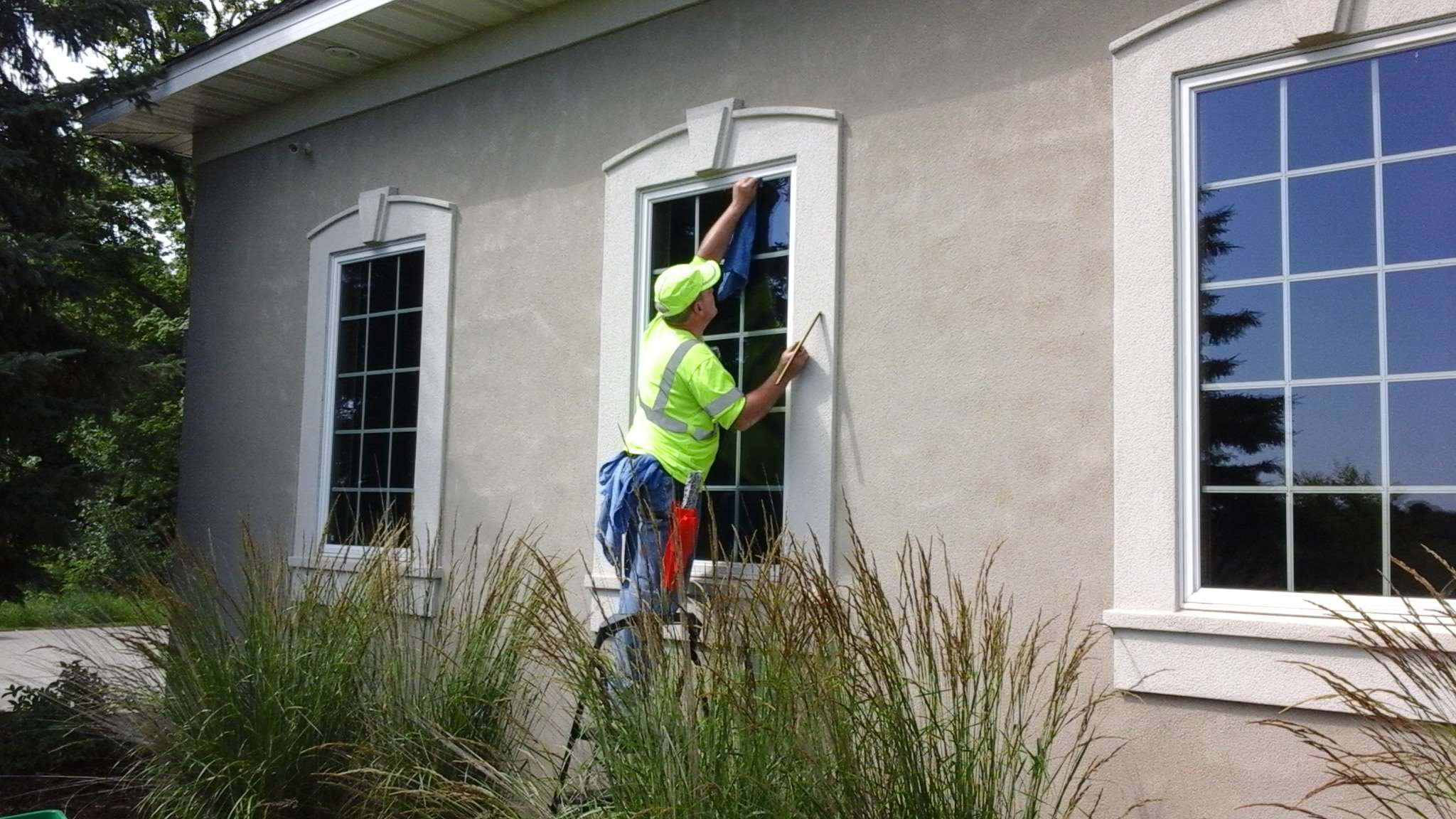 Window Cleaning - Lions Share Maintenance | Exterior